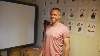 DEBATTEN STARTET MED DENNE KAREN: Martin Høy er den eneste mannlige læreren blant årets førsteklassinger. Han underviser ved Kolbotn skole.