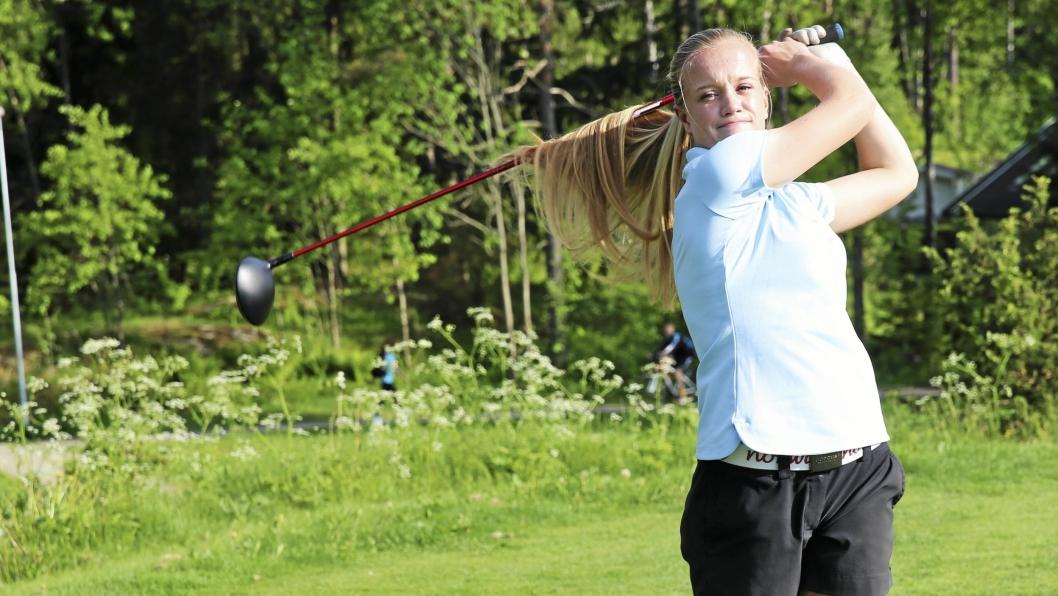 Michelle Forsland fra Oppegård Golfklubb, vakte oppsikt med svært solid spill i sin første turnering for  collegelaget til Jacksonville University i Florida.