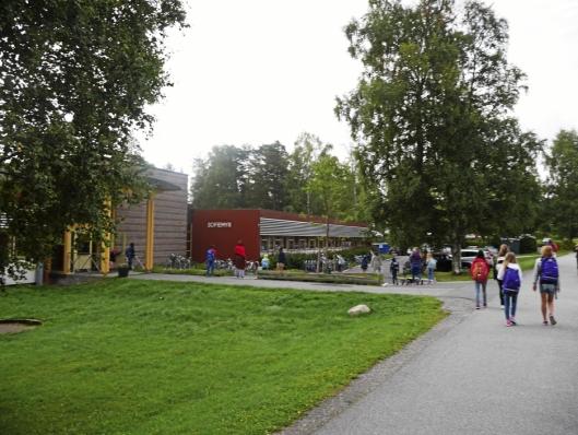 FÅR FLERE STILLINGER: Noe av pengene som kommunen får skal brukes til flere lærerstillinger her ved Sofiemyrtoppen skole.
