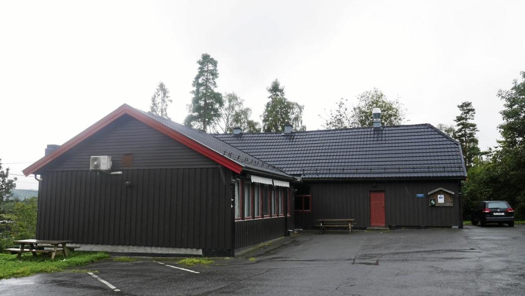 STASELIG OG TRADISJONELT: Grendehuset Oppegård syd har en sterk posisjon i det lokale samfunnet i Oppegård syd. Nå stiger håpet om å kunne bevare huset.