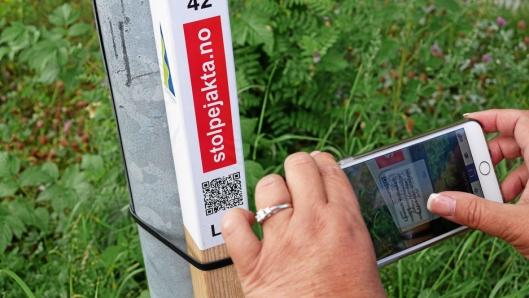 DIGITALT: Registreringen av stolper gjøres med egenutviklet app.
