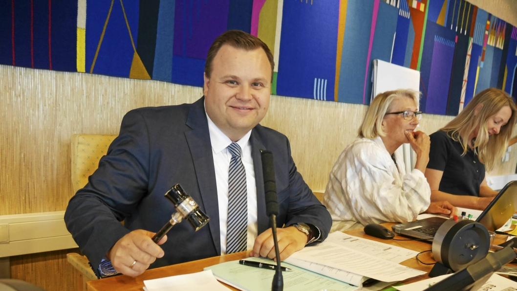 VEDTATT: Ordfører Thomas Sjøvold og resten av kommunestyret i Oppegård har banket gjennom samarbeidsavtalen med Ski, og det samme har kommunestyret i Ski også gjort. Dermed bor du i Nordre Follo kommune fra 1. januar 2020.