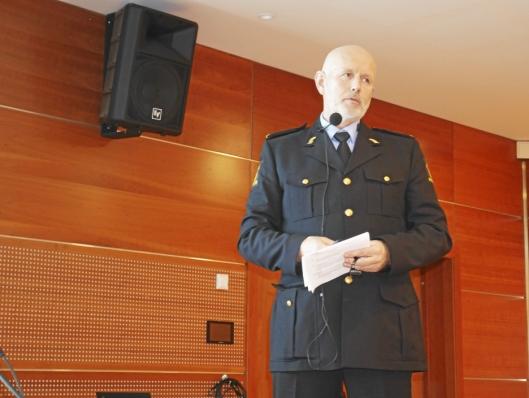 PÅ PRESSEKONFERANSEN: Ole Vidar Dahl (politiinspektør i Oslo-politiet) . Pressekonferanse i Ski om etablering av Politiets nasjonale beredskapssenter på Taraldrud.