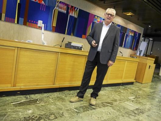 LEGGER FØRINGENE: Rådmann Lars Henrik Bøhler, her fotografert i forbindelse med fremleggingen av hans forslag til budsjett.