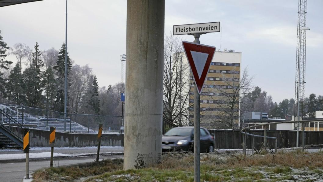 SOFIEMYR: Fløisbonnveien må skrives Fløysbonnveien, med «y» istedenfor «i». En annen bruk er på ungdomsskolen på Sofiemyr, som heter Fløysbonn, med «y».