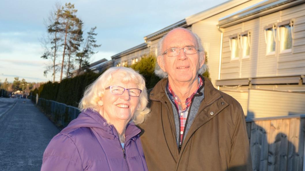 NOMINERT TIL FRIVILLIGHETSPRISEN: May og Bjørn Engeberetsen har i mange år gledet Bjørkås og Greverud sykehjem med musikk. Nå er de nominert til årets Frivillighetspris.