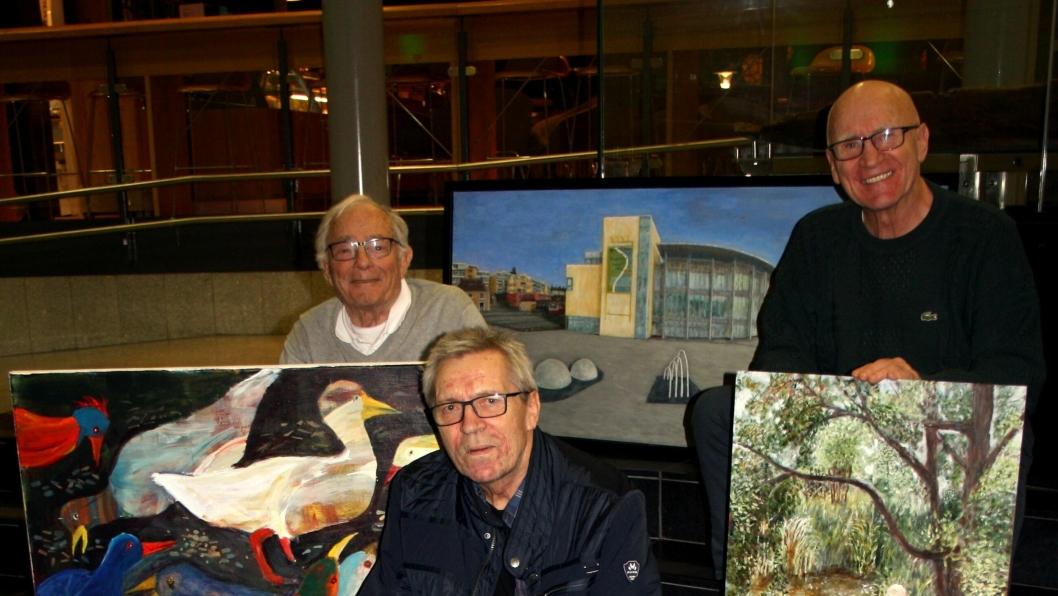 GLEDER SEG: Vidar Fevang, Odd Andersen og Knut Jantzen stiller ut sammen i Kolben.