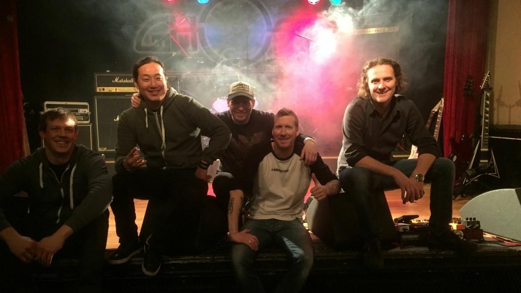 KLARE MED NY PLATE: Bandet Ghost Avenue består av Magnus Liseter, Kim Sandvik, Petter Lein, André Berger og Thomas Eljarbø. Nå er de klare med sitt andre album på Pitch Black Records.
