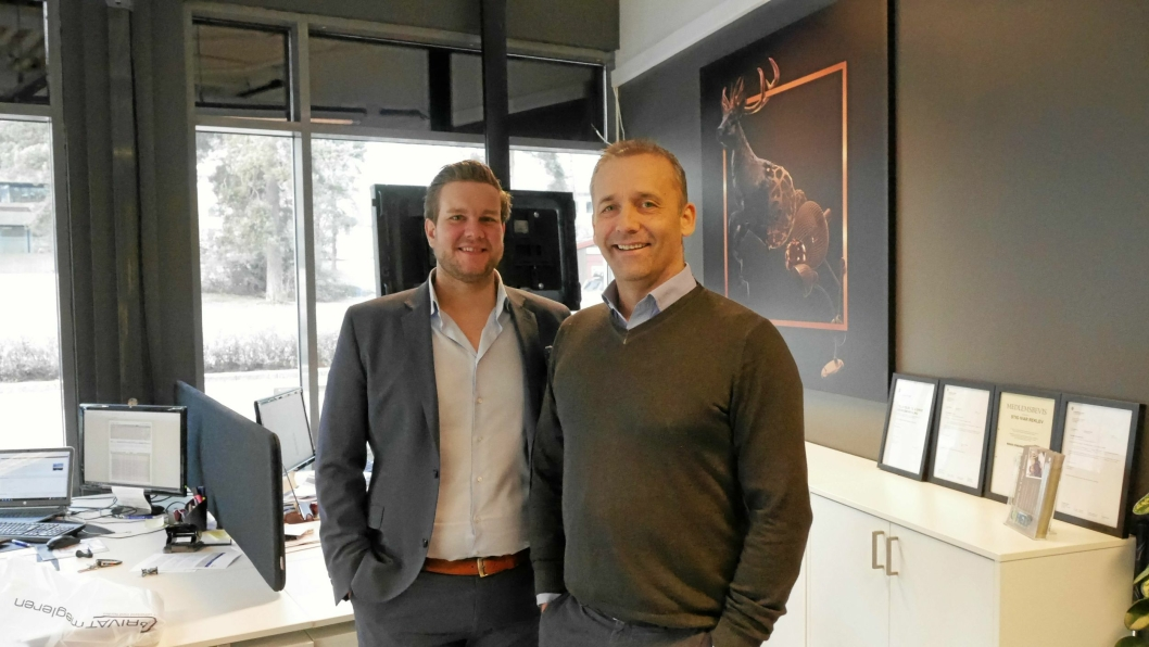 TROR PÅ DETTE ÅRET: Stig Reklev (t.h.) og Fredrik Dammen hos Privatmegleren Kvadrat på Kolbotn tror på et aktivt boligmarked i år.