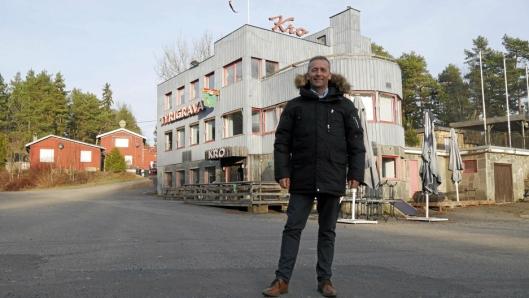 SPENNENDE OBJEKT: Den historiske eiendommen Tyrigrava ble lagt ut for salg i fjor. – En sjelden, men morsomt oppgave som megler, sier Stig Reklev.