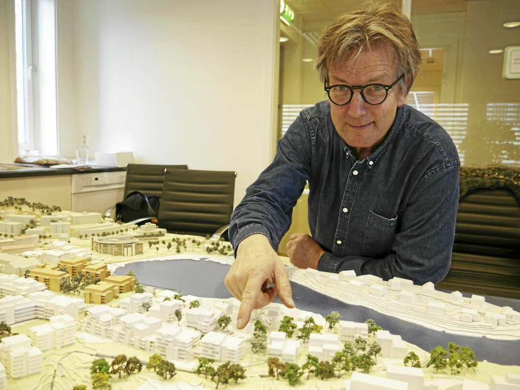 BYUTVIKLER: – Jeg tegner hver dag og elsker jobben min. Utviklingen av Kolbotn er bare en del av den. Størsteparten av prosjektene jeg jobber med foregår i Oslo-regionen, sier sivilarkitekt MNAL, Petter Bogen.