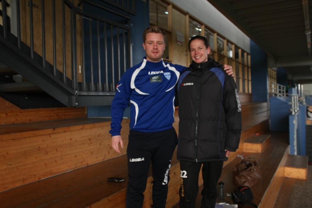 TROR PÅ LAGET: Hovedtrener Cecilie Berg Hansen og assistenttrener Fredrik Vold har en sterk stall i år som skal kjempe om poengene.