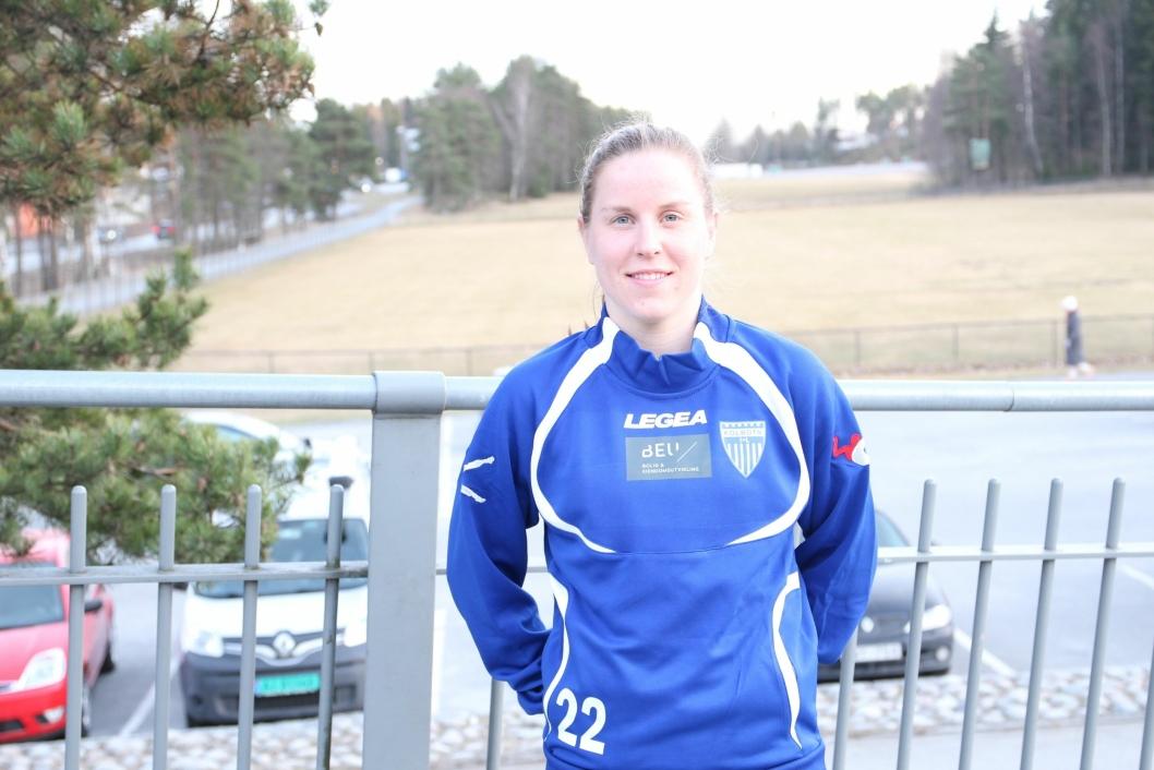 SESONGKLAR: Ingrid Rokke Elvebakken gleder seg til å skaffe poeng for Kolbotn og å krige i den blå og hvite drakten i år også.
