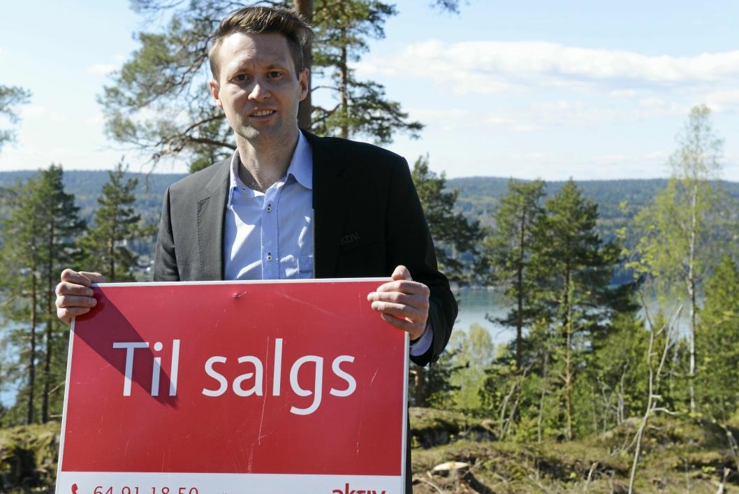 TIL SALGS: Tomtene er klare for salg.