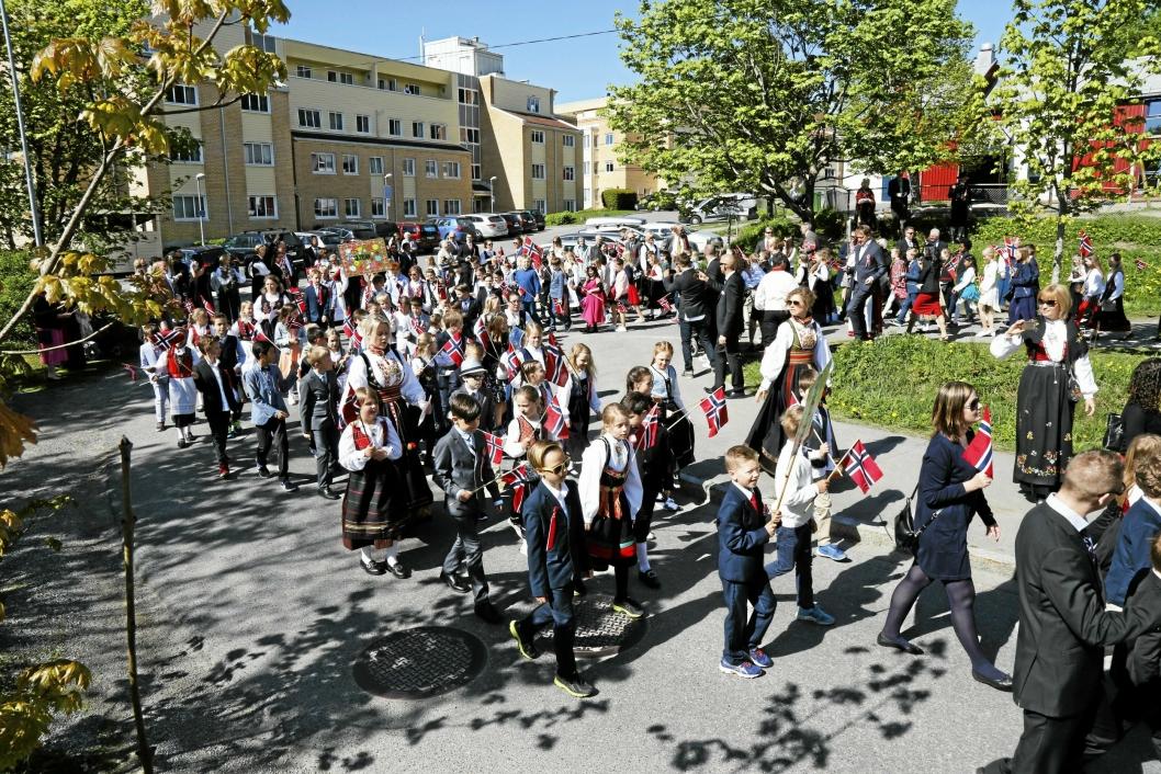 MANGE ENDRINGER I TRAFIKKEN: Når vi skal feire nasjonaldagen, blir det mange og store endringer i veinettet i Oppegård.
