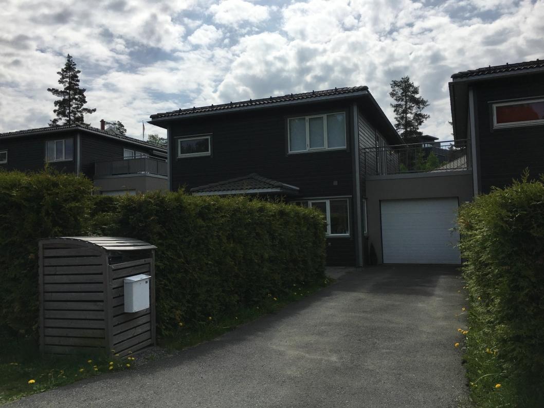 ET DEILIG HUS: Dette huset i Harald Johnsens vei 12 ble solgt for 7.110.000 kroner, som gjorde det til den femte dyreste boligen i kommunen forrige måned.