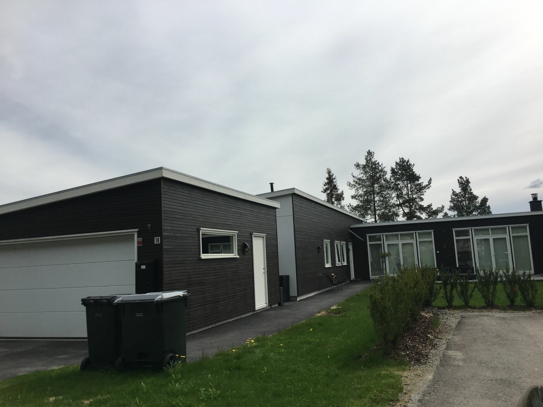 NYDELIG: Denne boligen ligger i Olaus Hansens vei 18, høyt oppe i kommunens sydlige ende. Boligen ble solgt for 7.400.000 kroner, som gjør den til den fjerde dyreste boligen solgt i kommunen i april.