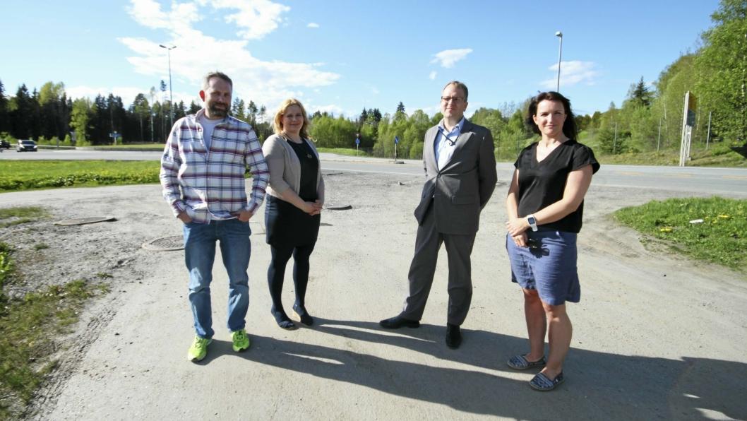 ENGASJERTE: Paal Sjøvall, Caroline Monstad Høgsnes, Helge Marstrander og Johanne Ingierd i FAU ved Tårnåsen og Hellerasten skole.