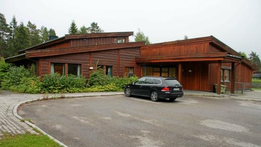 VURDERES SOLGT: Sofiemyråsen-avdelingen av Sofiemyrtoppen skole vurderes også solgt.