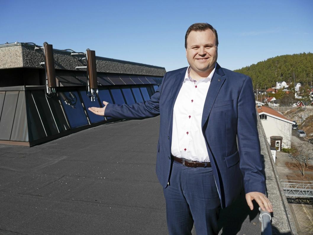 SELGER UNNA: Ordfører Thomas Sjøvoid fortalte tidligere i en reportasje i Oppegård Avis at han gjerne ser at politiet lager høgskolen sin i rådhusbygget.