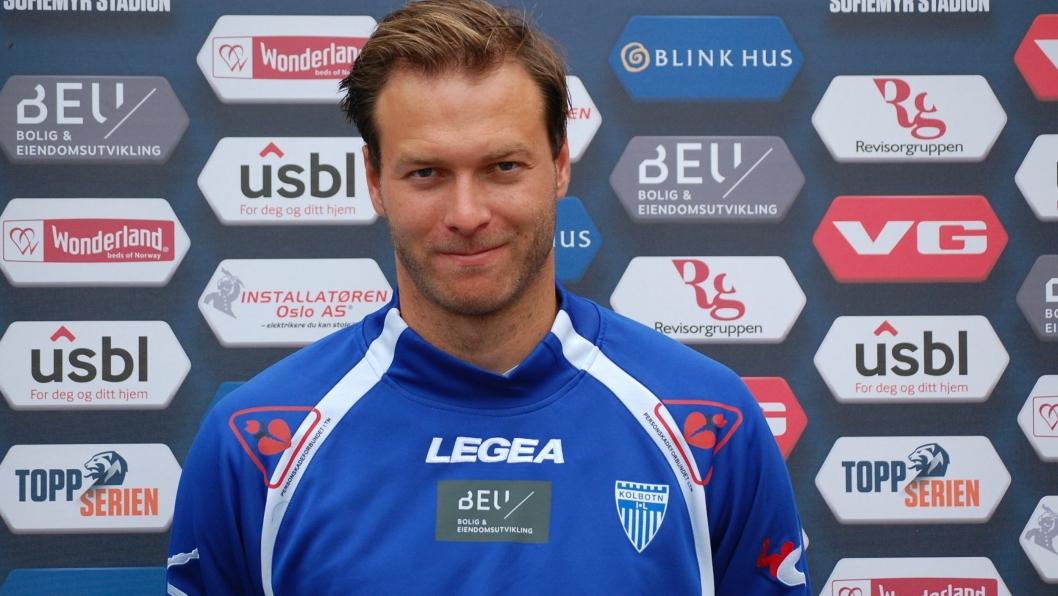 REVANSJE: Trener Knut Slatleim ønsker revansje, og gleder seg stort til å åpne den nye stadion til Vålerenga sammen med damene sine.