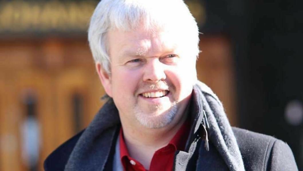 REAGERER: Stortingskandidat Knut Tønnes Steenersen i FrP.