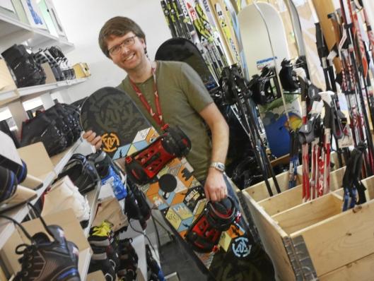 MYE FORSKJELLIG: BUA har enorme mengder med utstyr av alle slag man kan låne.