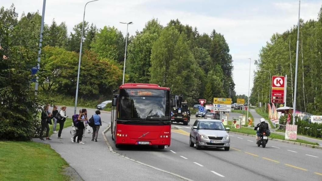 GJENNOM HELE KOMMUNEN: Det har i årevis vært etterlyst en rutebuss også til Oppegård syd.
