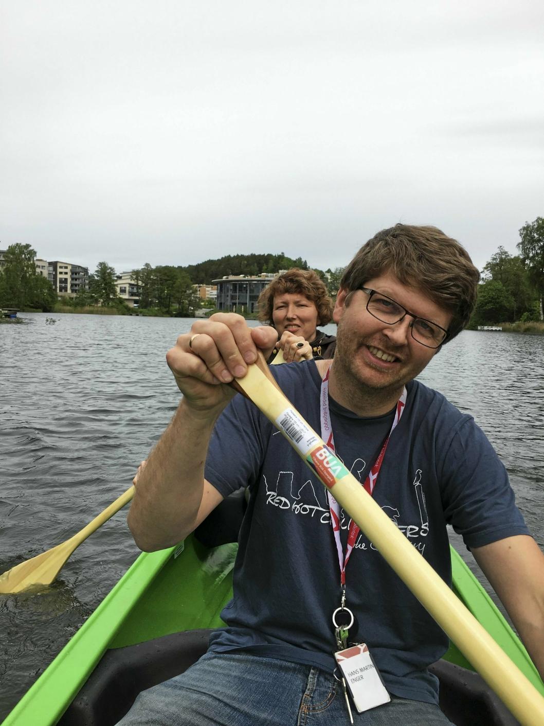 POPULÆRT: BUAs kano er en av de morsomme opplevelsene du kan få - helt gratis, her padlet av Hilde Sjølseth og Hans Martin Enger.