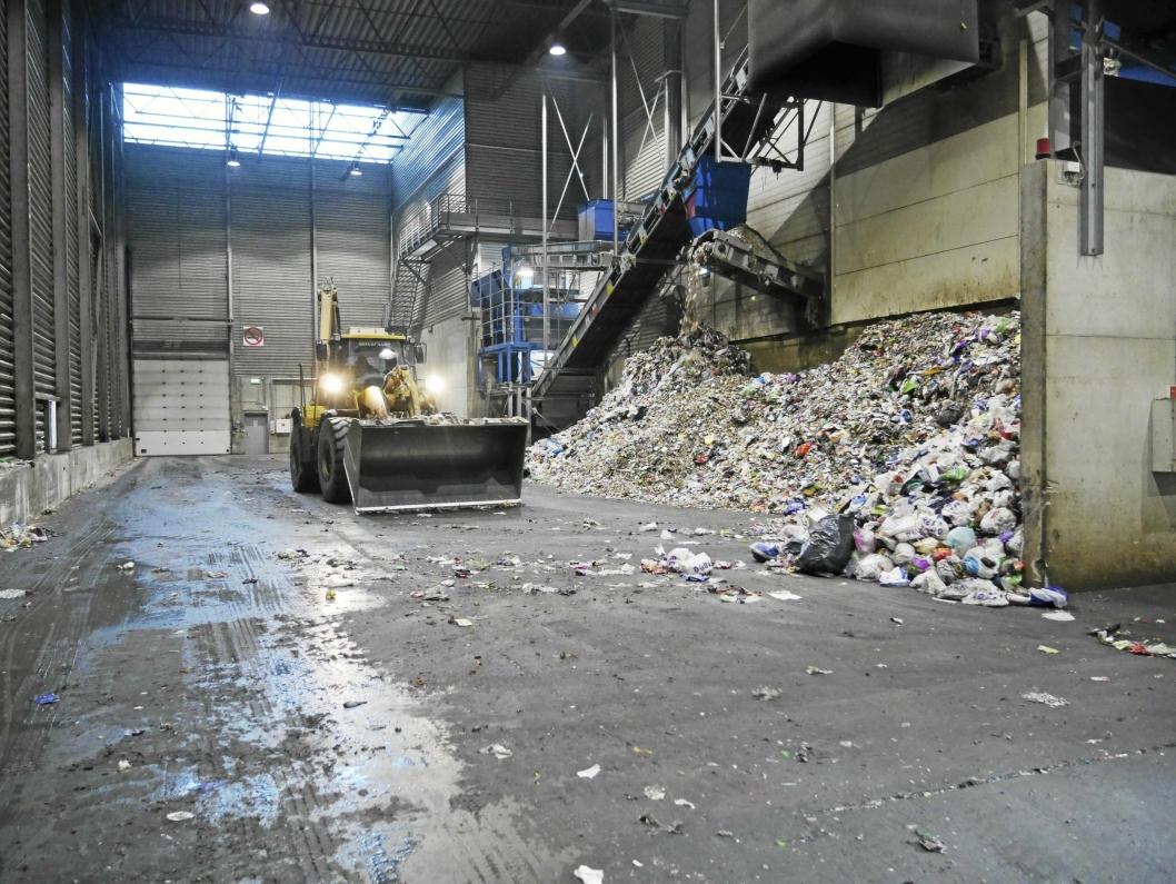 GIGANTANLEGG: Her, på sorteringsanlegget til ROAF på Romerike, skal avfallet fra Oppegård.