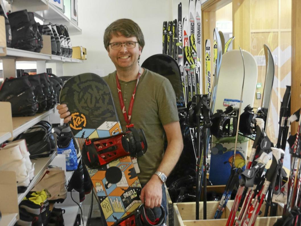 RIKHOLDIG: BUA har utstyr av alle slag - også vintersportutstyr!
