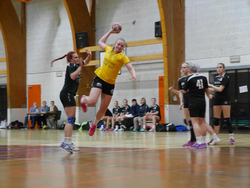 I AKSJON: Så langt i år har Oppegård tre seiere, blant annet mot Trøgstad/Eidsberg/Askim i Greverudhallen, hvor de vant 38-23.