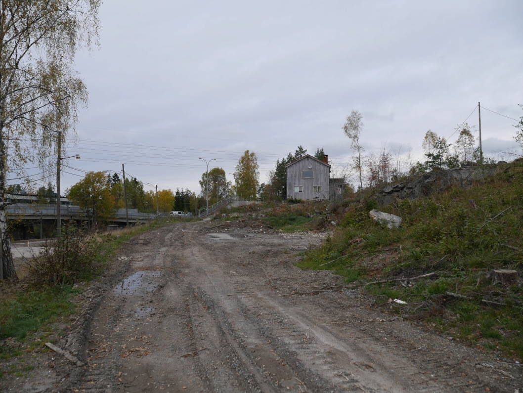 MYE HAR SKJEDD: Her på Trelasttomta er alle de gamle bygningene revet, og her skal det bygges boliger.