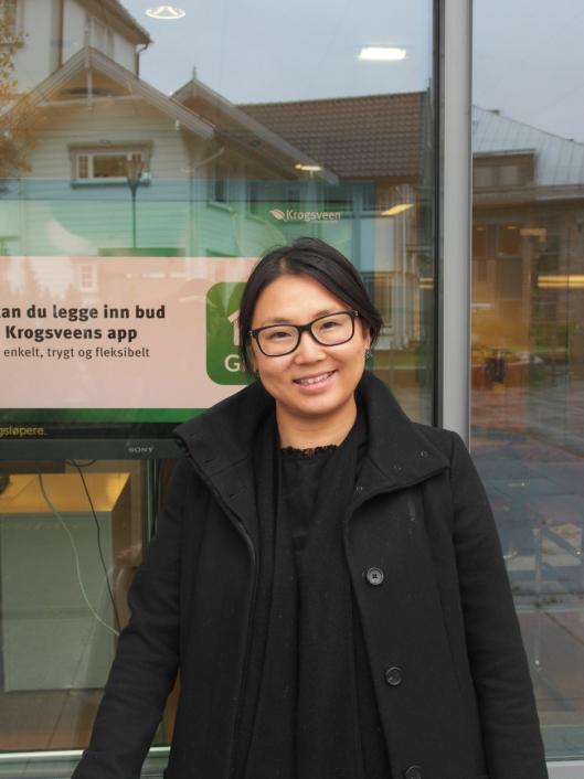 FORNØYD: Ida Alva Koppang hos Krogsveen på Kolbotn er storfornøyd med det lokale boligmarkedet for tiden.