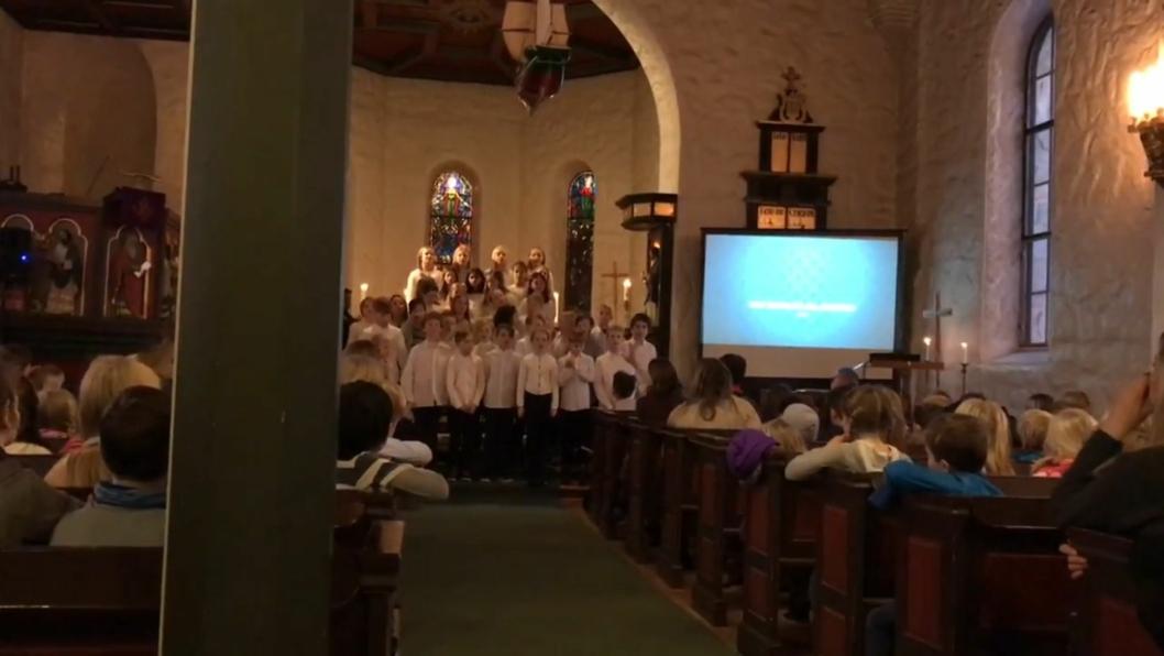 KOSELIG: Førjulsgudstjenesten er en flott tradisjon og markering av julen i lokalkirken.