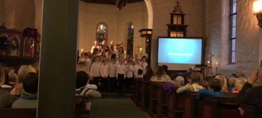 Kolbotn-barna markerte julen i Kolbotn kirke