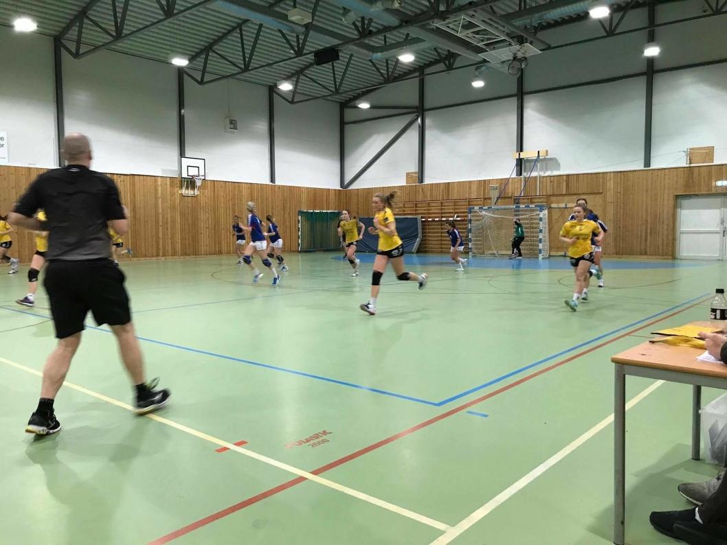 TOK POENGENE: Her ser du et bilde fra forrige match, hvor Oppegård tok poeng etter 22-28-seier borte mot Vålerenga.