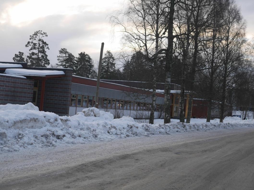 SKAL SELGES: Sofiemyrtoppen barneskole legges også under hammeren.