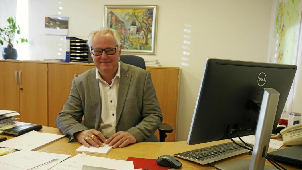 FORNØYD MED TALLENE: Konstituert rådmann Lars Henrik Bøhler er fornøyd med kommunens overskudd i fjor, men mener man også må tenke langsiktig. Pengebunken er nemlig ikke bunnløs.
