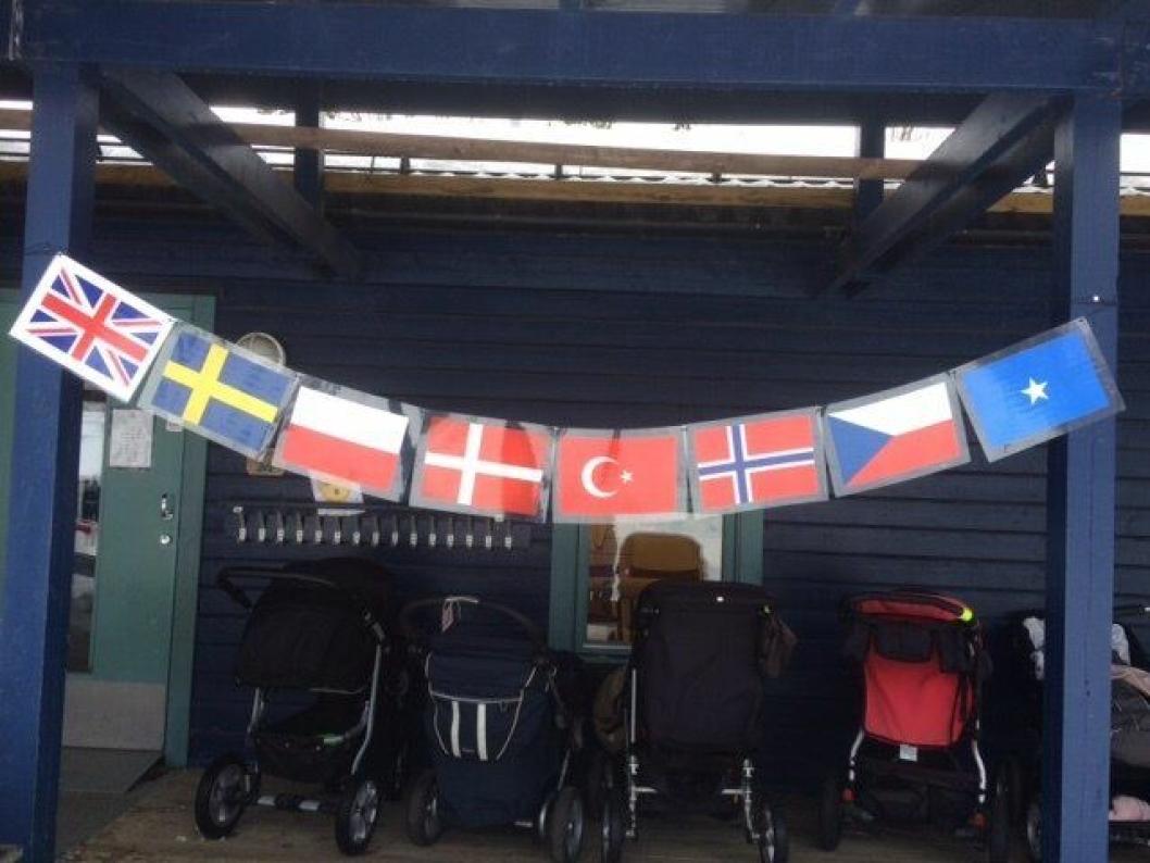 LIV OG RØRE: I Rognebærlia barnehage arrangerer de sin egen variant av OL, med både åpningsseremoni, forskjellige aktiviteter og først og fremst fokus på livsmestring.