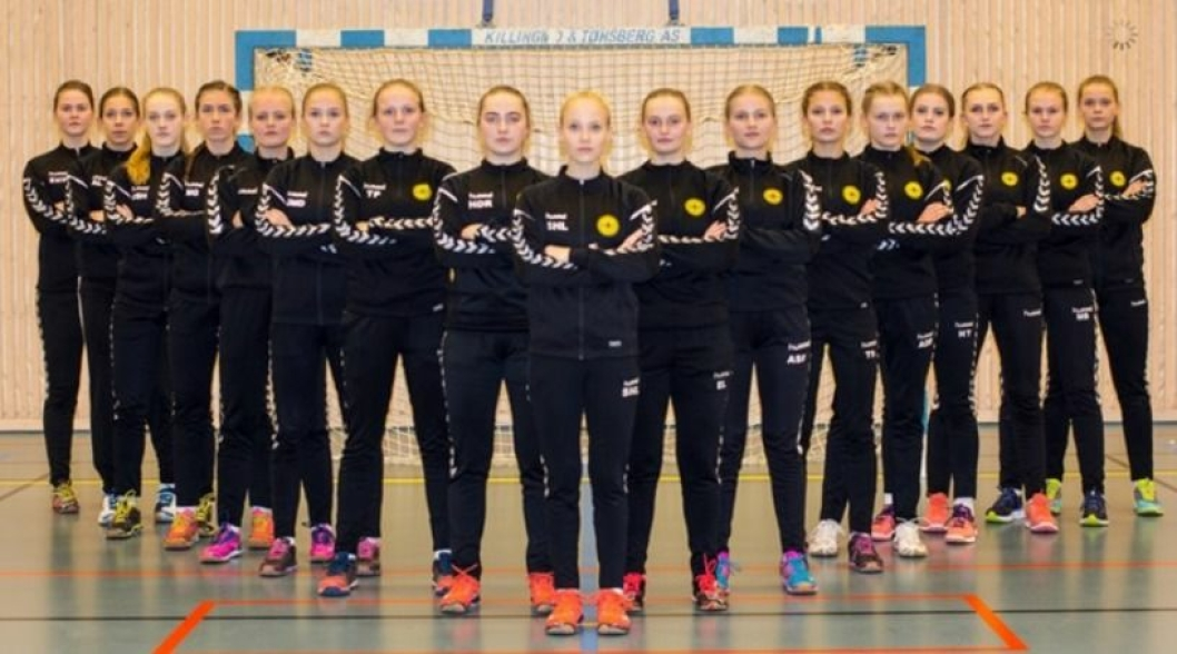 KLARE FOR NY MATCH: Oppegårds J16 er klare for en ny runde med Bring!