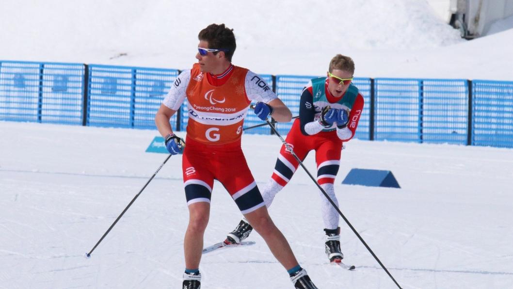 I AKSJON: Arvid Nelson og Eirik Bye under 20 km. De havnet til slutt på 8. plass.