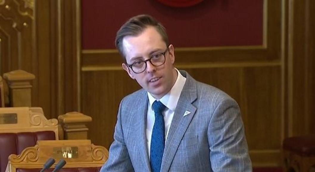 TORDNET LØS: Stortingsrepresentant Nicholas Wilkinson var ikke fornøyd med svarene han fikk fra statsråden i Stortinget.