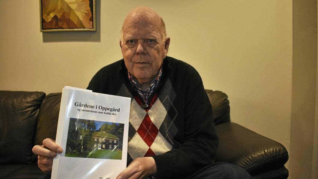 BOK OG FOREDRAG: Willy Østberg har skrevet bok om alle gårdene i Oppegård og de som bodde der, og holder foredrag i anledning at manuset er ferdig.
