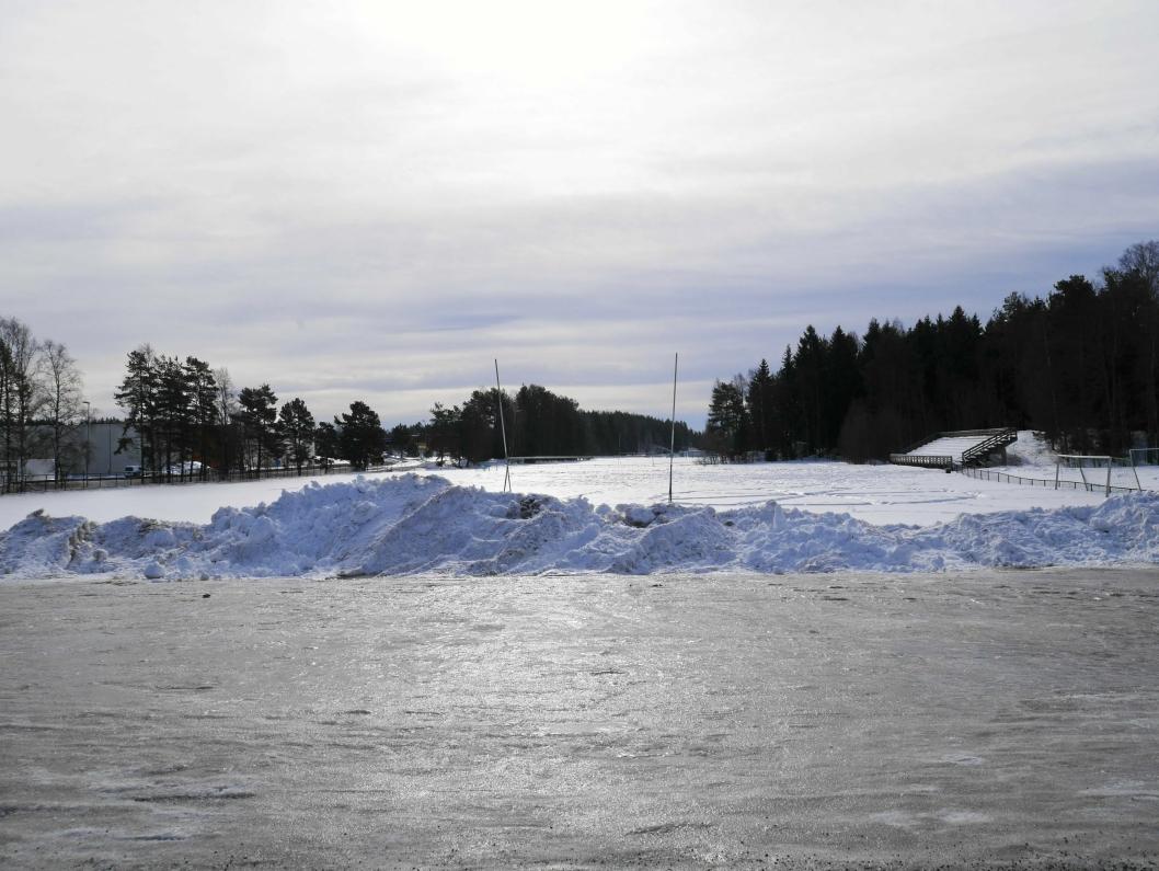 MYE SNØ: Det er mye snø på Sofiemyr for tiden, og det vil nok gå en stund før all snøen er borte igjen.