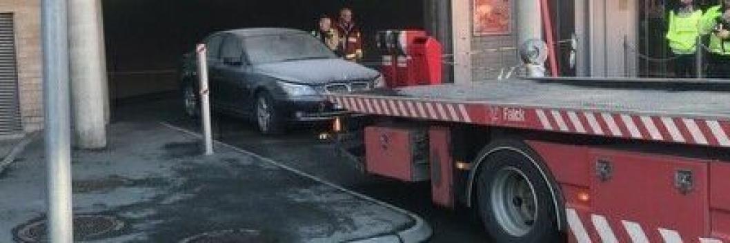 BRANN: Det var en bilbrann i parkeringshuset som utløste evakueringen på Kolbotn Torg.