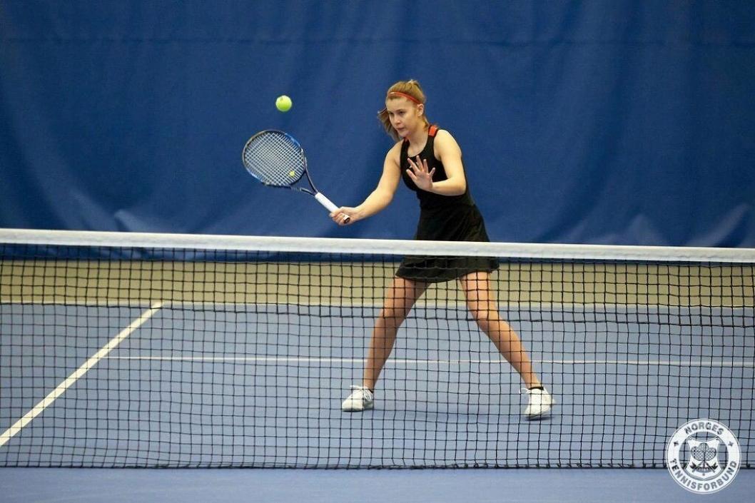 SER OPP TIL FEDERER: Frogner ser opp til tennislegende Roger Federer og dansken Caroline Wozniacki