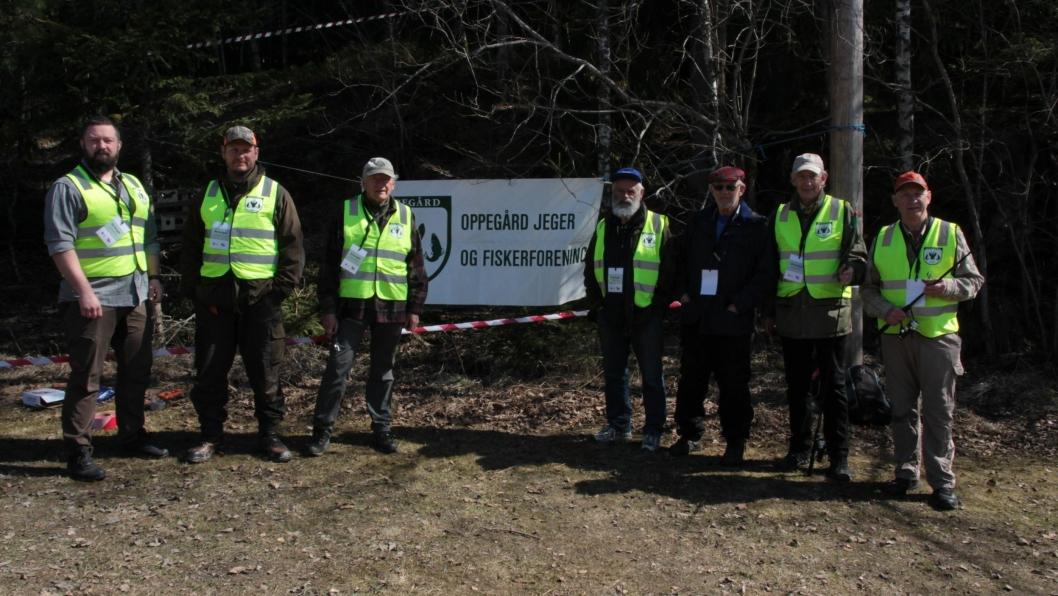 MORSOMME AKTIVITETER: Man kunne enten prøve seg på fluekast eller luftgeværskyting hos Oppegård Jeger- og Fiskerforeningen!