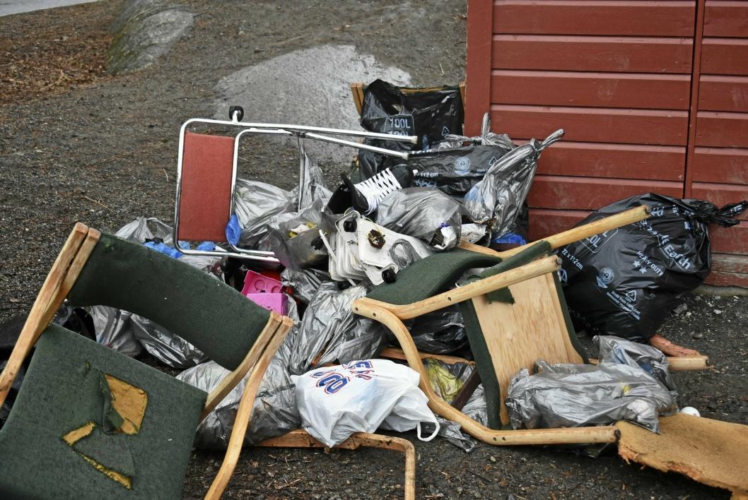 SKATTEJAKT: Det var ikke lite søppel de fant denne formiddagen, småtrinnet på Sofiemyr skole!