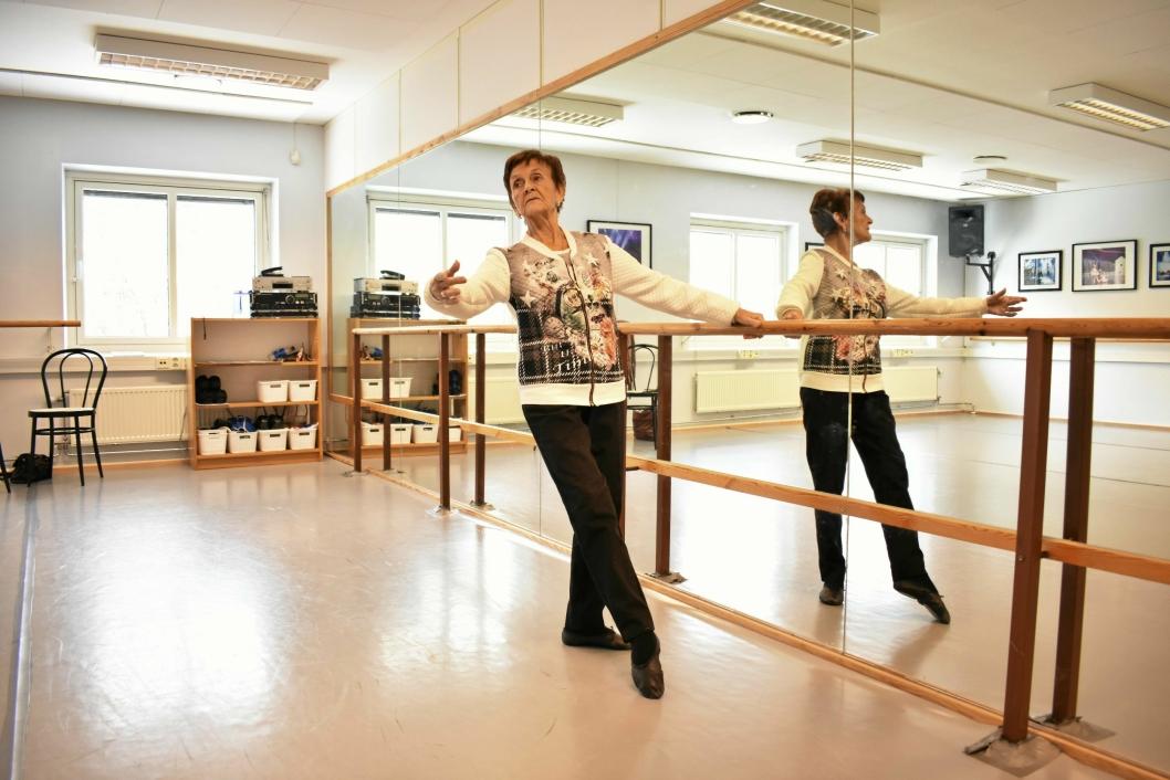 ET DANSELIV: Det er mentor Alfhild Grimsgaard som har vært Livs drivkraft. – Hun sa til foreldrene mine: «Liv må aldri slutte å danse». Og Liv danser fortsatt - 81 år gammel.